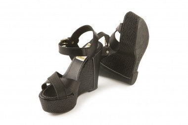High wedge heel platform...