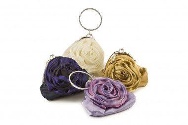 Satin clutch with flower...