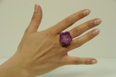 Flower shape ring with...