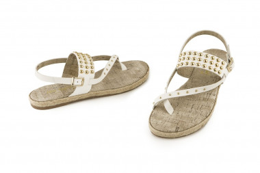Studded thong sandal Mine...
