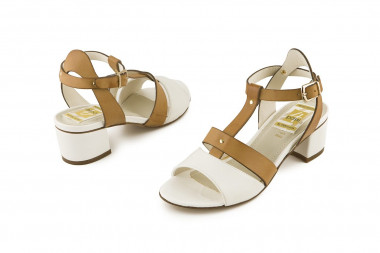 Bicolor chunky heel sandal...
