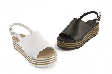Flatform sandal with...