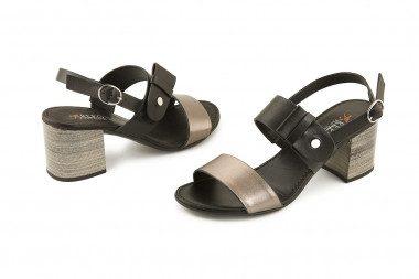 Block heel bicolor sandal...