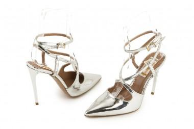 Metallic high heel pump...