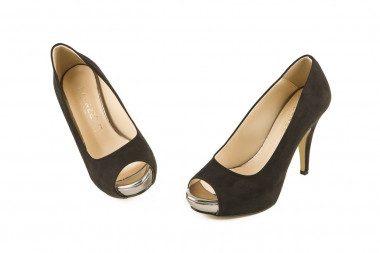 Medium heel and platform...