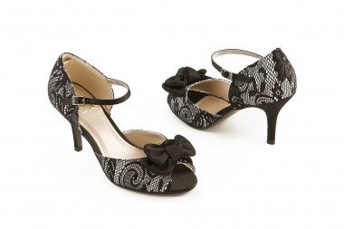 Satin and lace mid heel...